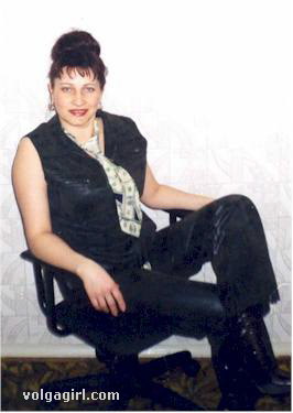 Albina is a 48 year old Russian girl who has registered with mail order bride agency A Volga Girl in the hopes of receiving email correspondence from you.