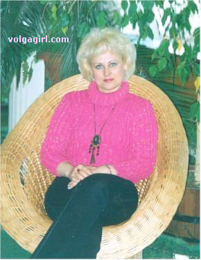 Natalia is a 49 year old Russian girl who has registered with mail order bride agency A Volga Girl in the hopes of receiving email correspondence from you.