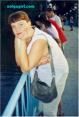 Svetlana is a 46 year old Russian girl who has registered with mail order bride agency A Volga Girl in the hopes of receiving email correspondence from you.