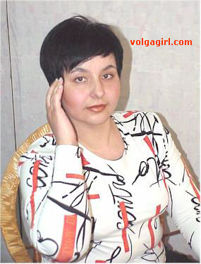 Lilia is a 43 year old Russian girl who has registered with mail order bride agency A Volga Girl in the hopes of receiving email correspondence from you.