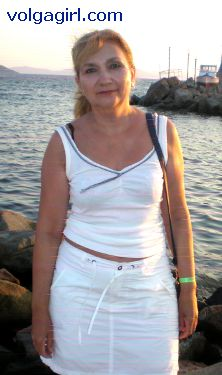 Tatiana is a 58 year old Russian girl who has registered with mail order bride agency A Volga Girl in the hopes of receiving email correspondence from you.