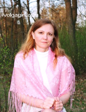 Olga is a 48 year old Russian girl who has registered with mail order bride agency A Volga Girl in the hopes of receiving email correspondence from you.