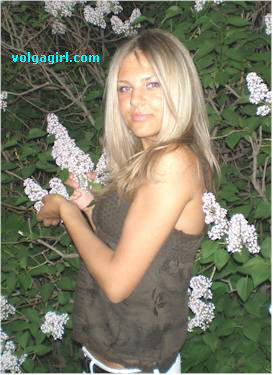 Evgenia is a 29 year old Russian girl who has registered with mail order bride agency A Volga Girl in the hopes of receiving email correspondence from you.