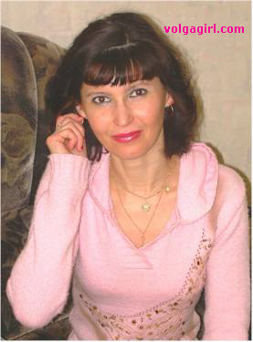 Irina is a 50 year old Russian girl who has registered with mail order bride agency A Volga Girl in the hopes of receiving email correspondence from you.