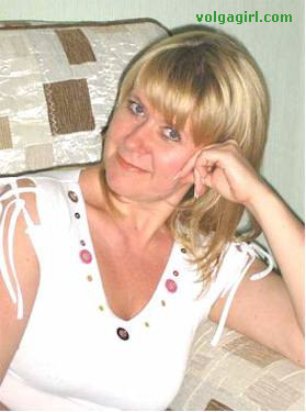 Elena is a 51 year old Russian girl who has registered with mail order bride agency A Volga Girl in the hopes of receiving email correspondence from you.