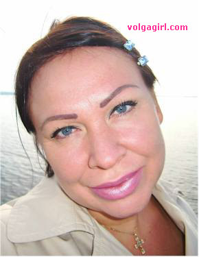 Tatiana is a 40 year old Russian girl who has registered with mail order bride agency A Volga Girl in the hopes of receiving email correspondence from you.