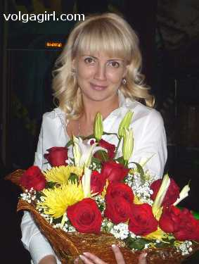 Anna is a 39 year old Russian girl who has registered with mail order bride agency A Volga Girl in the hopes of receiving email correspondence from you.