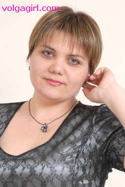 Svetlana is a 37 year old Russian girl who has registered with mail order bride agency A Volga Girl in the hopes of receiving email correspondence from you.