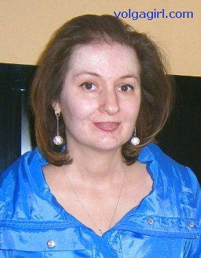 Marina is a 44 year old Russian girl who has registered with mail order bride agency A Volga Girl in the hopes of receiving email correspondence from you.