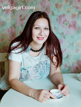 Natalya is a 48 year old Russian girl who has registered with mail order bride agency A Volga Girl in the hopes of receiving email correspondence from you.