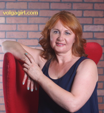Elena  is a 46 year old Russian girl who has registered with mail order bride agency A Volga Girl in the hopes of receiving email correspondence from you.