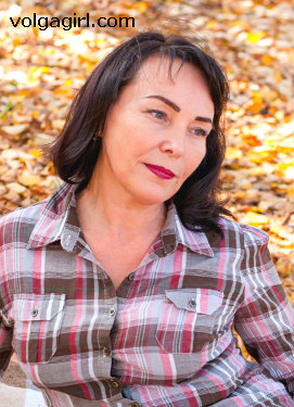 Elena  is a 49 year old Russian girl who has registered with mail order bride agency A Volga Girl in the hopes of receiving email correspondence from you.