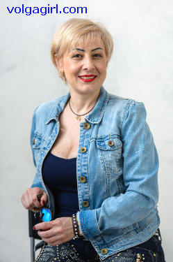 Ludmila  is a 46 year old Russian girl who has registered with mail order bride agency A Volga Girl in the hopes of receiving email correspondence from you.